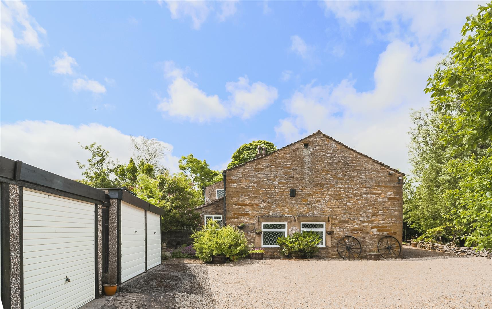 3 Bedroom House For Sale - Image 65